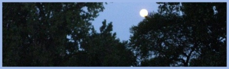 Blue_full moon_2012-08-02