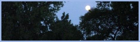 Blue_full moon_2012-08-02