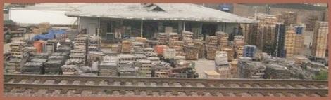 Orange_Shipping pallets_2012-08-26