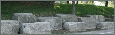 Gray_rocks_2012-08-03